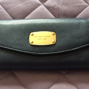 LIKE NEW AUTHENTIC MICHEAL KORS WALLET